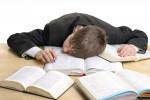 اختلال خواب آلودگی یا هایپرسومنولنس چیست و چه علائمی دارد ؟