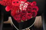 30 ایده جذاب برای دیزاین باکس خرس و گل با تم قرمز
