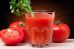 برای تامین انرژی بدن: مصرف آب گوجهفرنگی موثرتر از نوشابههای انرژیزا