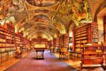 کتابخانه زیبا و تاریخی در چک،کتاب خواندن در این فضا میتوانید تصور کنید؟