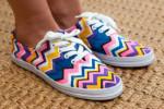 آموزش تصویری تزئین کفش کتونی ساده با لوازم ساده