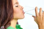 در صورت پریدن غذا در گلو (زمانی که تنهایید) چگونه خودتان را از خفگی نجات دهید؟