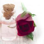 10 خاصیت شگفت انگیز روغن گل رز (گل سرخ)