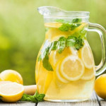 روش صحیح آماده سازی معجون آب لیمو و عسل برای اول صبح