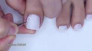 طراحی ناخن پا ساده و شیک