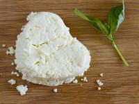 ۱۰ مورد از فواید بی نظیر پنیر برای سلامت بدن