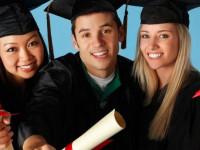 ۱۰ دلیل برای تحصیل کردن در خارج از کشور