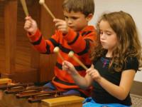 مناسب ترین زمان برای شروع آموزش موسیقی به کودک از چه سنی است؟