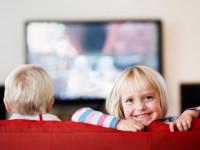 مدت زمان تماشای تلویزیون برای کودکان در طول روز چقدر است؟