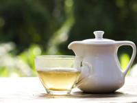 چای سفید چیست ؟ ۲۷ خاصیت بی نظیر چای سفید کدامند ؟