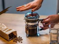طرز دم کردن قهوه با فرنچ پرس چگونه است؟