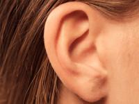 علت جوش لاله گوش و بهترین راه برای درمان آن