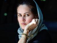 بیوگرافی صحرا کریمی فیلمنامه نویس افغان + عکس ها و آثار