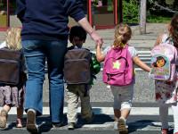 راهنمای انتخاب کیف مدرسه مناسب برای سلامتی کودکان