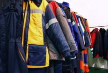 ضرورت استفاده از لباس کار بجای لباس شخصی