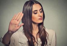 ۱۳ راه برای برخورد با آدم دو بهم زن و خبرچین