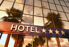 معرفی ۲۰ هتل لوکس شهر شیراز + آدرس و تلفن