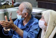 تصاویر پدر و مادر بابک خرمدین در دادسرای امور جنایی