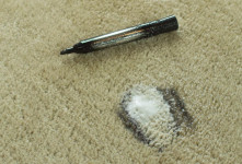 چند ترفند ساده برای تمیز کردن لکه ماژیک از روی موکت و فرش