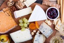پنیر رژیمی | ۴ نوع پنیر رژیمی خوشمزه ، کمچرب و کمنمک