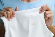 قویترین روش خانگی پاک کردن لکه بنزین و گازوییل از روی لباس
