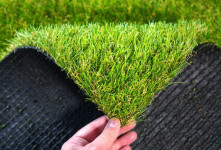 چمن مصنوعی بهاره بهتر است یا پاییزه ؟