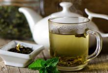 خواص دارویی و درمانی چای سبز با هل