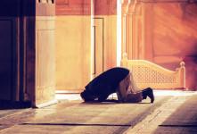 نماز امام حسن مجتبی برای گرفتن حاجت