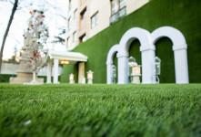 کاربردهای چمن مصنوعی و ایده هایی برای زیباسازی فضای منزل و محل کار