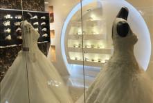 آدرس و تلفن مزون های لباس عروس اراک