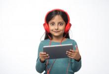 دانلود ۱۰۰ آهنگ کودکانه انگلیسی | شاد و مهیج