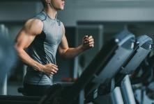 ۴ برنامه تمرینی فوق العاده برای لاغری با تردمیل