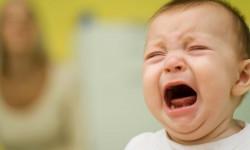 13 دلیل از شایع ترین دلایل گریه نوزادان