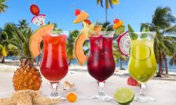10 نوشیدنی خنک - سالم و انرژی زا مخصوص روز های گرم تابستان