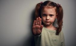 عوارض تعرض جنسی به کودکان در بزرگسالی، چیست؟