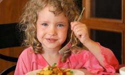 درمان بی اشتهایی کودک با تغذیه مناسب