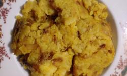 طرز تهیه غذای ساده و پر انرژی سیب زمینی و پیاز ( دو پیازی )
