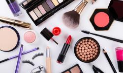10 اشتباه و باور غلط در آرایش که هرگز نباید انجام دهید