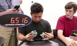 رکورد حل 2 مکعب روبیک به طور همزمان (فیلم)