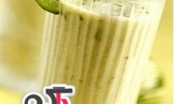 طرز تهیه نوشیدنی مخلوط میوه