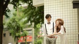 ژست عکس دونفره اسپرت و عاشقانه به سبک کره ای