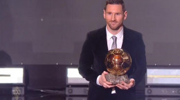 مسی برای ششمین بار توپ طلای دنیا را تصاحب کرد