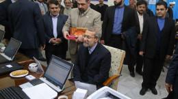 تصاویر ثبتنام لاریجانی در انتخابات مجلس دهم