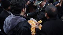 تصاویر تجمع مردم مشهد مقابل کنسولگری ترکیه