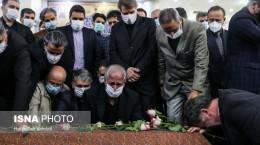 تصاویر اقامه نماز بر پیکر محمدرضا شجریان