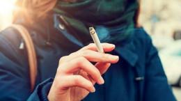 سیگار کشیدن زنان چه عوارضی دارد؟