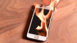12 علت اصلی داغ شدن گوشی موبایل