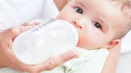 علت تغذیه خوشه ای و نامنظم نوزاد چیست ؟