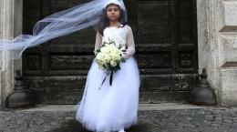 ماجرای تکان دهنده بارداری دختر ۹ ساله در ایران چیست + عکس