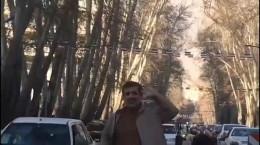 کلیپ رقص بدل احمدی نژاد در خیابان